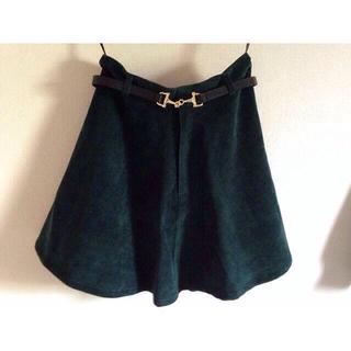 ココディール(COCO DEAL)のフレアスカート グリーン ベルト付き(ミニスカート)