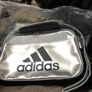 アディダス(adidas)の新品 アディダス エナメルバッグ(ショルダーバッグ)