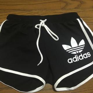 アディダス(adidas)の美品adidasショーパン(ショートパンツ)