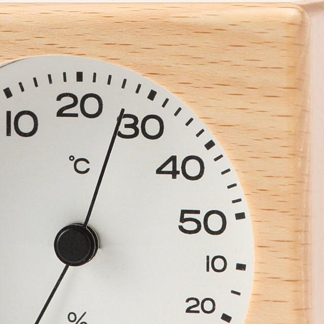 MUJI (無印良品)(ムジルシリョウヒン)の中古 無印 ブナ材 温湿度計 置型 インテリア/住まい/日用品のインテリア/住まい/日用品 その他(その他)の商品写真