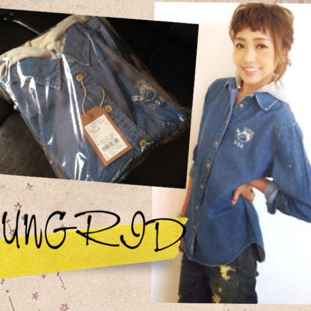 Ungrid(アングリッド)のUNGRIDフード付きデニムシャツ レディースのトップス(シャツ/ブラウス(長袖/七分))の商品写真