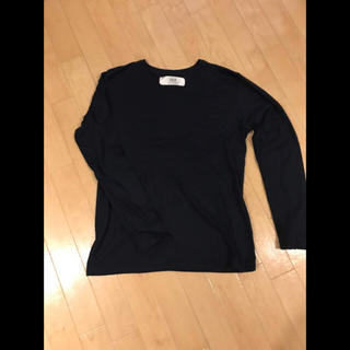 AKM Contemporary VネックTシャツ ブラック nano・