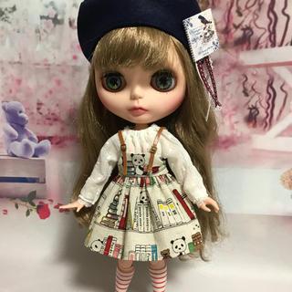 #20 本棚パンダのジャンパースカートセット(人形)