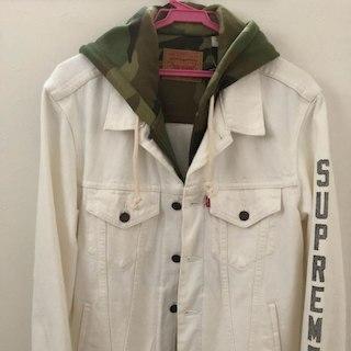 シュプリーム(Supreme)のsupreme×Levi's Fleece Hood Truckerjacket(Gジャン/デニムジャケット)