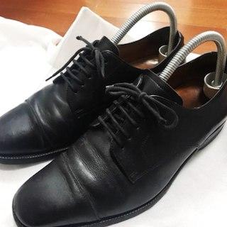 ラルフローレン(Ralph Lauren)の✨送料無料✨美品✨中古✨ラルフ カーフ革 キャップトゥ 革靴 黒 24.5cm✨(ドレス/ビジネス)