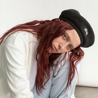 ステューシー(STUSSY)のstussy ステゥーシー ベレー帽 キャスケット(ハンチング/ベレー帽)