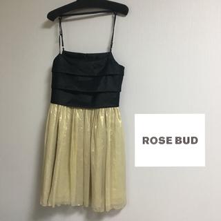 ローズバッド(ROSE BUD)の【美品】ローズバッド ドレス 結婚式(ミディアムドレス)