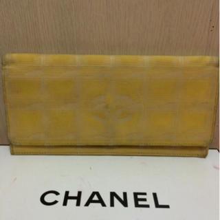 シャネル(CHANEL)の本物シャネル黄色ニュートラベルラインの長財布(財布)
