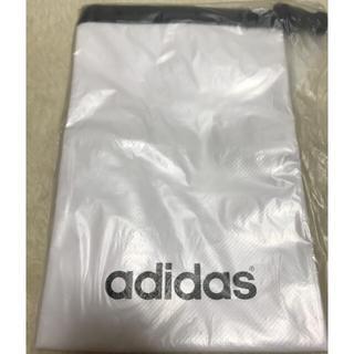 アディダス(adidas)のadidas オリジナルポーチ(防滴)白(ウエストポーチ)