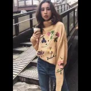 アメリヴィンテージ(Ameri VINTAGE)の花盛りの森様 専用出品 Ameri VINTAGE 花柄 刺繍 ニット セーター(ニット/セーター)