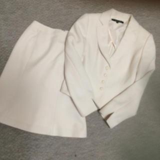 ナチュラルビューティーベーシック(NATURAL BEAUTY BASIC)のペプラムスーツ♡入学式 入園式(スーツ)