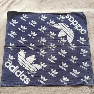 アディダス(adidas)のアディダス adidas バンダナ ネイビー(バンダナ/スカーフ)