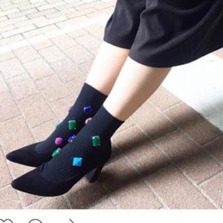 ルシェルブルー(LE CIEL BLEU)の新品 人気完売 ファクイ ビジューソックス 靴下(ソックス)