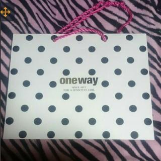 ワンウェイ(one*way)のone way ♡ ショッパー(ショップ袋)