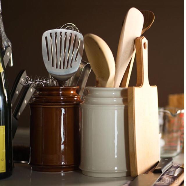 iittala(イッタラ)の美品!SCOPE スコープ キッチンツールキャニスター 170mm ブラウン インテリア/住まい/日用品のキッチン/食器(収納/キッチン雑貨)の商品写真