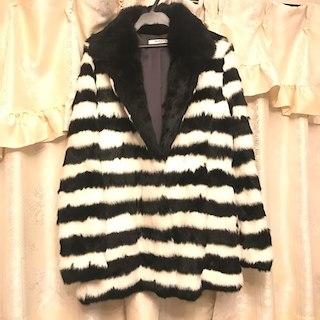 アグノスト(AGNOST)の❤︎定価約5万円❤︎ AGNOST ボーダーラビットファーコート 毛皮コート(毛皮/ファーコート)