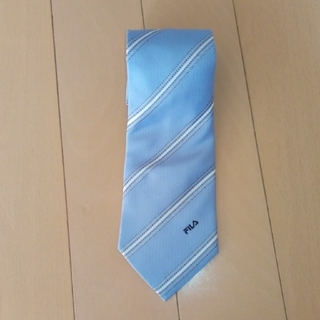 フィラ(FILA)のFILA 新品ネクタイ 水色 シルク100%(ネクタイ)
