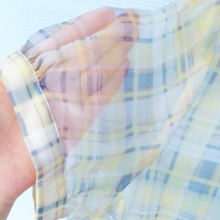 ジーユー(GU)のシースルーブラウス イエロー L(シャツ/ブラウス(半袖/袖なし))