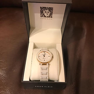 アンクラーク(ANNE CLARK)のANNE KLEIN ホワイトセラミック腕時計(腕時計)
