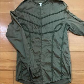 アドバンテージサイクル(Advantage cycle)のships発ブランドのカーキのシャツ(シャツ/ブラウス(長袖/七分))