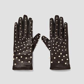ザラ(ZARA)の最終価格、日曜まで❗️ZARA 新品 パール付きグローブ(手袋)