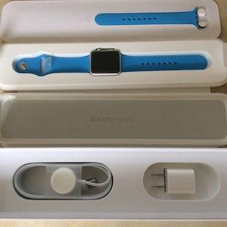 アップル(Apple)のApple Watch Sport 38mm MJ2V2J/A ブルー 未使用(その他)