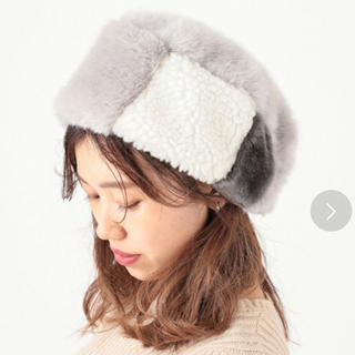 カスタネ(Kastane)の新品タグ付き♡バイカラーファー帽子(その他)