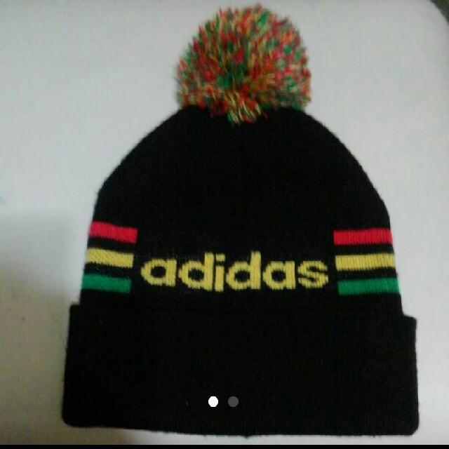 adidas(アディダス)のadidasアディダスのニット帽 ぼんぼん レディースの帽子(ニット帽/ビーニー)の商品写真