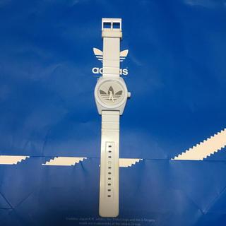 アディダス(adidas)のadidas 腕時計 white×silver Used unisex(腕時計(アナログ))