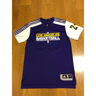 アディダス(adidas)のLAKERS ネーム&ナンバー シューティングシャツ KOBE 24 コービー(バスケットボール)