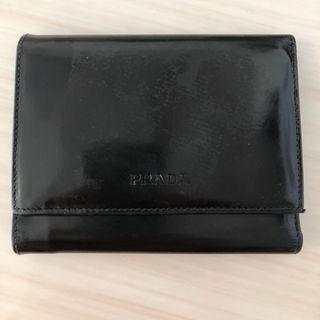 8c7574a5d490 プラダ(PRADA)のstudio様専用 プラダ 財布三つ折りエナメルレザー黒 PRADA