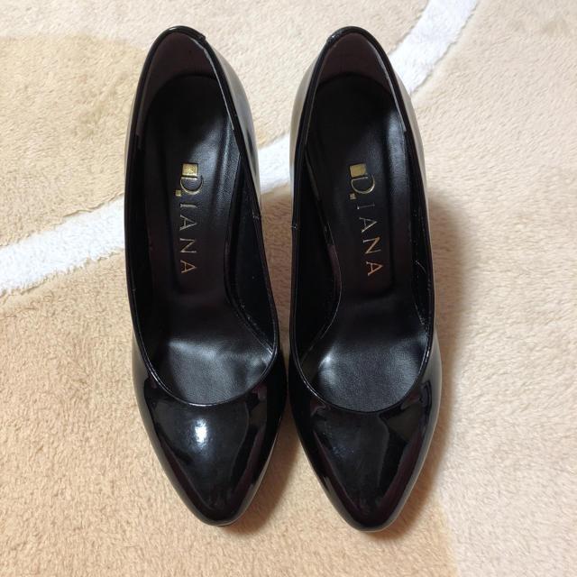 DIANA(ダイアナ)の最終お値下げダイアナエナメルパンプス レディースの靴/シューズ(ハイヒール/パンプス)の商品写真
