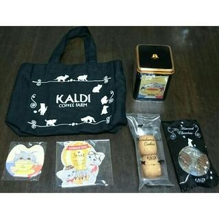 カルディ(KALDI)の新品・未開封★KALDI  2018  ネコの日バッグ   おまけ付き♪    (菓子/デザート)