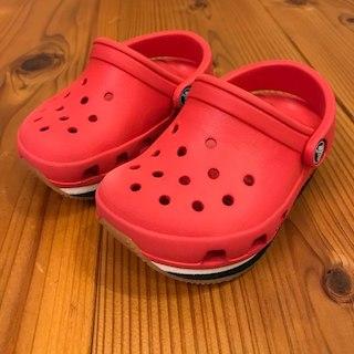 クロックス(crocs)の⭐️値下げ⭐️CROCS クロックス 13cm サンダル(その他)