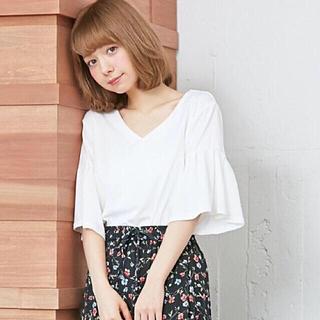 イング(INGNI)の☆美品☆フレアートップス(カットソー(長袖/七分))