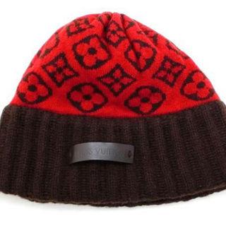 ルイヴィトン(LOUIS VUITTON)の年末特価  数回着用程度の美品  ルイヴィトン  モノグラム柄  赤 カシミヤ(その他)