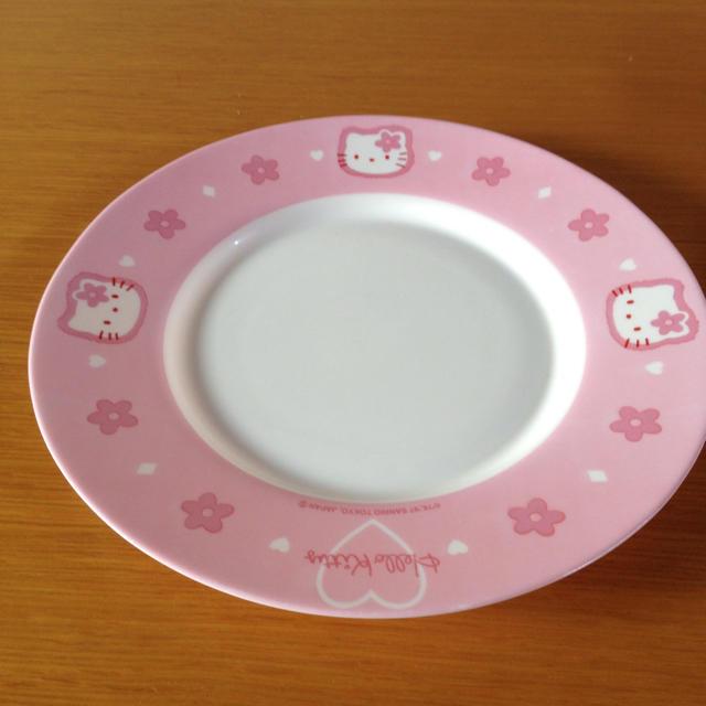 ハローキティ(ハローキティ)のキティ  arcopalアルコパル 平皿 25㎝ インテリア/住まい/日用品のキッチン/食器(食器)の商品写真
