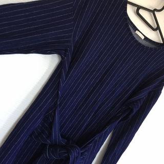 ジーユー(GU)のGU ストライプ腰巻きワンピース ネイビー紺(ミニワンピース)