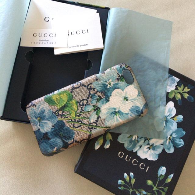 iphone7 ケース 自立 | Gucci - 【GUCCI】iPhone 6、6sケース♡の通販 by miu's shop  3/31-4/13海外出張|グッチならラクマ