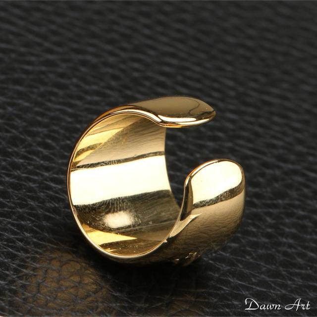 ゴールド オーバルクロスリング、クロムハーツ好きに、ゴールド フローラルリング メンズのアクセサリー(リング(指輪))の商品写真