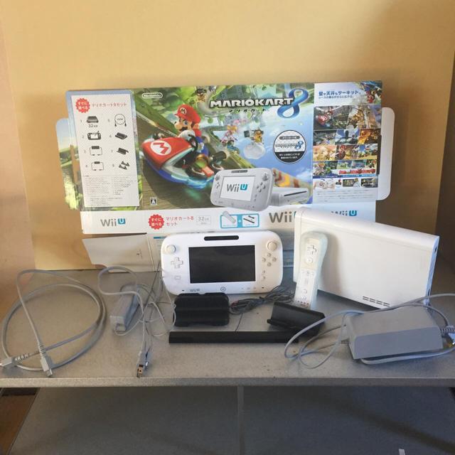 Wii U(ウィーユー)の最終値下価格! Wii U 本体 マリオカート8セット 32GB 白  エンタメ/ホビーのテレビゲーム(家庭用ゲーム本体)の商品写真