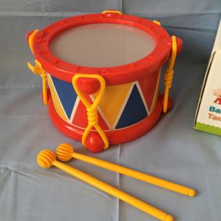 ボーネルンド(BorneLund)のベビードラム(楽器のおもちゃ)
