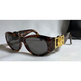 ジャンニヴェルサーチ(Gianni Versace)の正規美 ヴェルサーチ メデューサロゴヴィンテージ サングラス 茶×ゴールド 眼鏡(サングラス/メガネ)