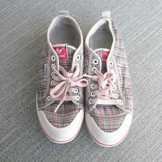 アディダス(adidas)のアディダス オリジナルス スニーカー 靴 ピンク チェック おしゃれ 赤 レッド(スニーカー)
