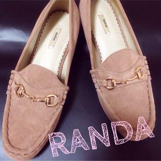 ランダ(RANDA)の美品 RANDA ぺたんこ ローファー (ローファー/革靴)
