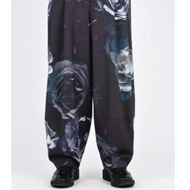 LAD MUSICIAN(ラッドミュージシャン)のlad musician 花柄ワイドパンツ 42 メンズのパンツ(スラックス)の商品写真
