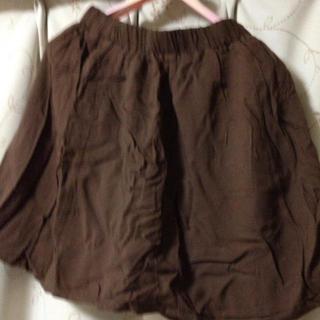 ジエンポリアム(THE EMPORIUM)のブラウンのスカート(ひざ丈スカート)
