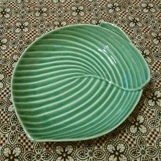 ジェンガラ(Jenggala)の●新品●ジェンガラ リーフ お皿(食器)
