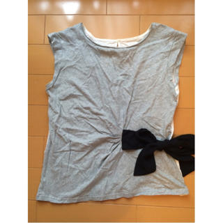 ジーユー(GU)のGU ジーユー ノースリーブTシャツ 異素材 ウエストリボン グレー Mサイズ(シャツ/ブラウス(半袖/袖なし))