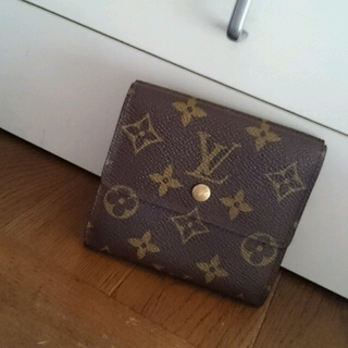 ルイヴィトン(LOUIS VUITTON)の美品 ルイヴィトン モノグラム 二つ折り財布(財布)